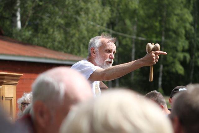 Auktion i Torp –traditionell slagauktion utomhus!