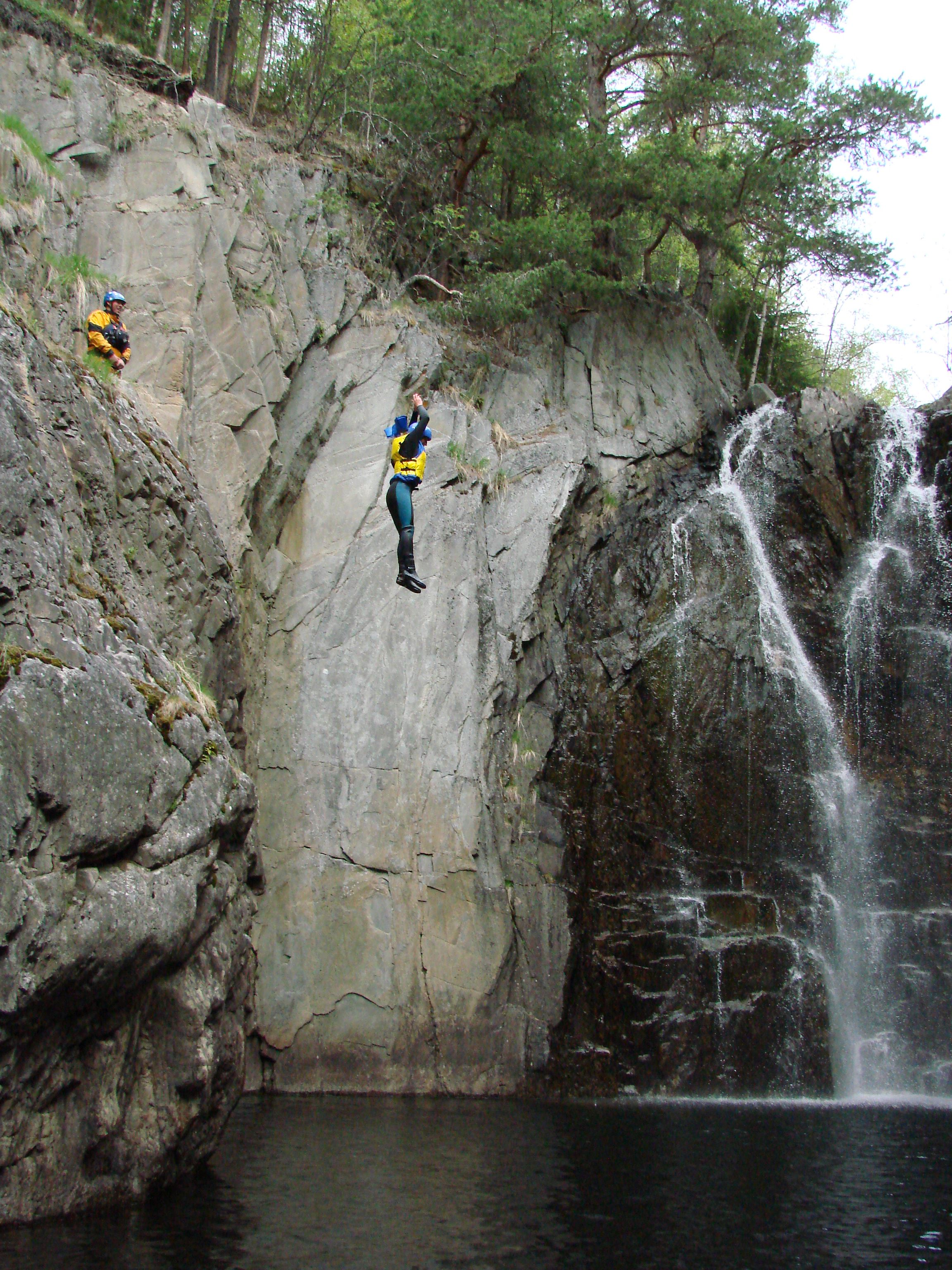 g. Juving (Canyoning)