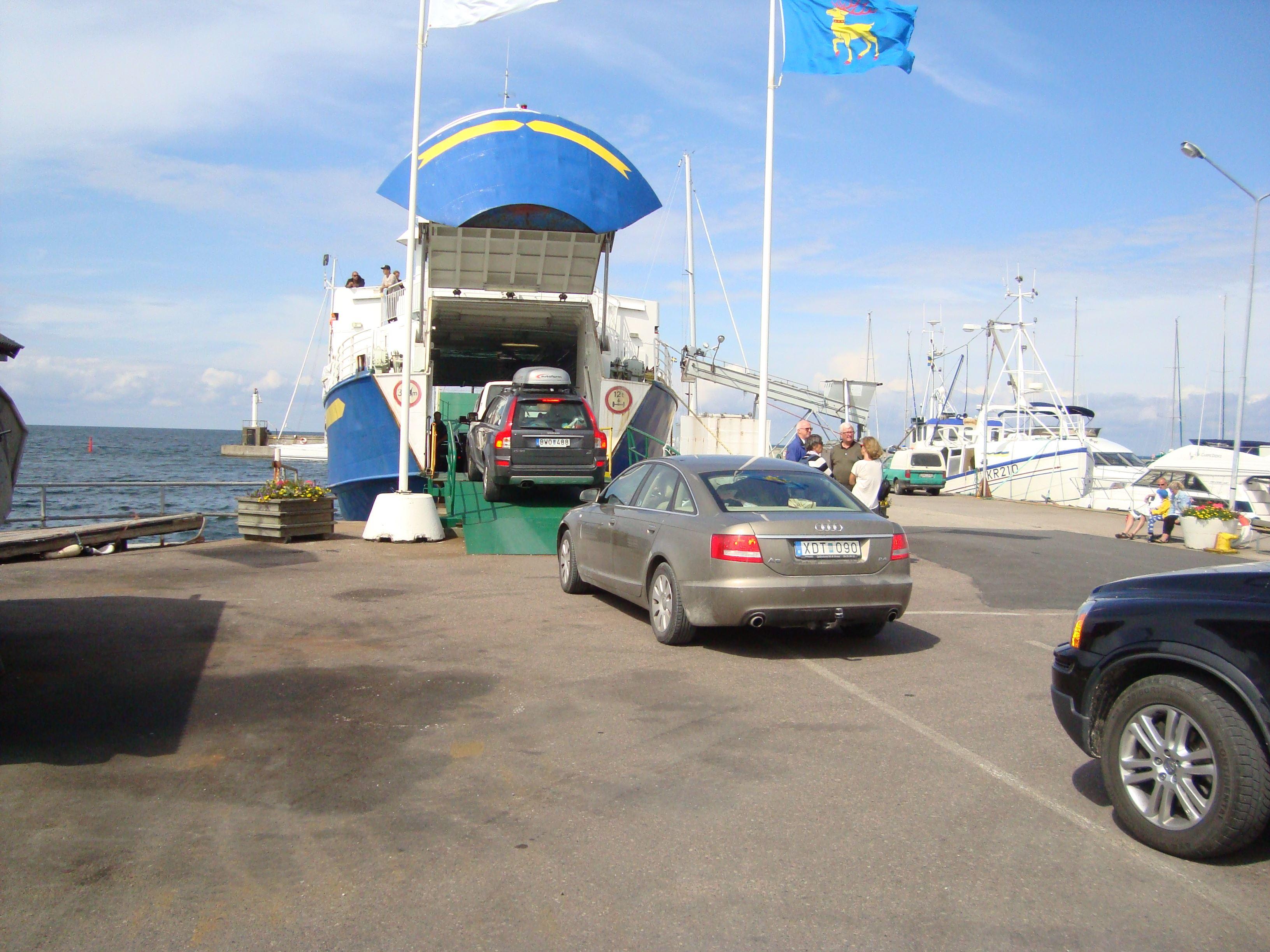 Departure Byxelkrok Carspot