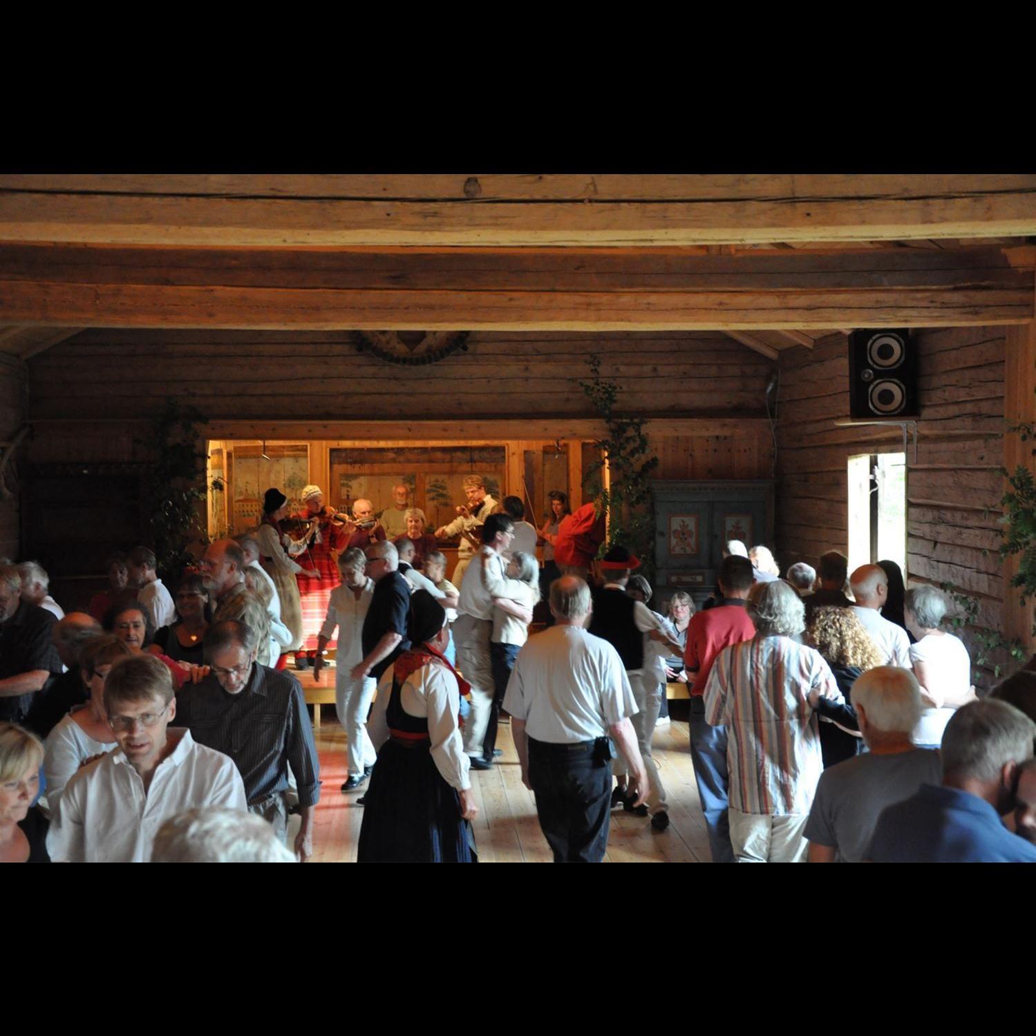 Dans på logen, Boda Gammelgård