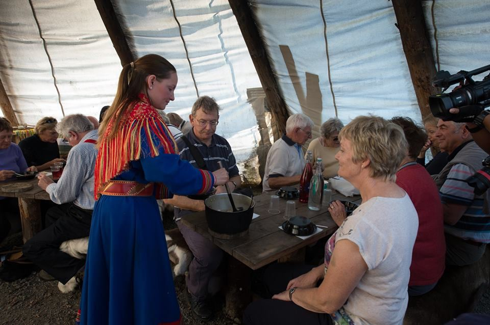 Sami Culture and Feeding the Reindeer – Tromsø Lapland
