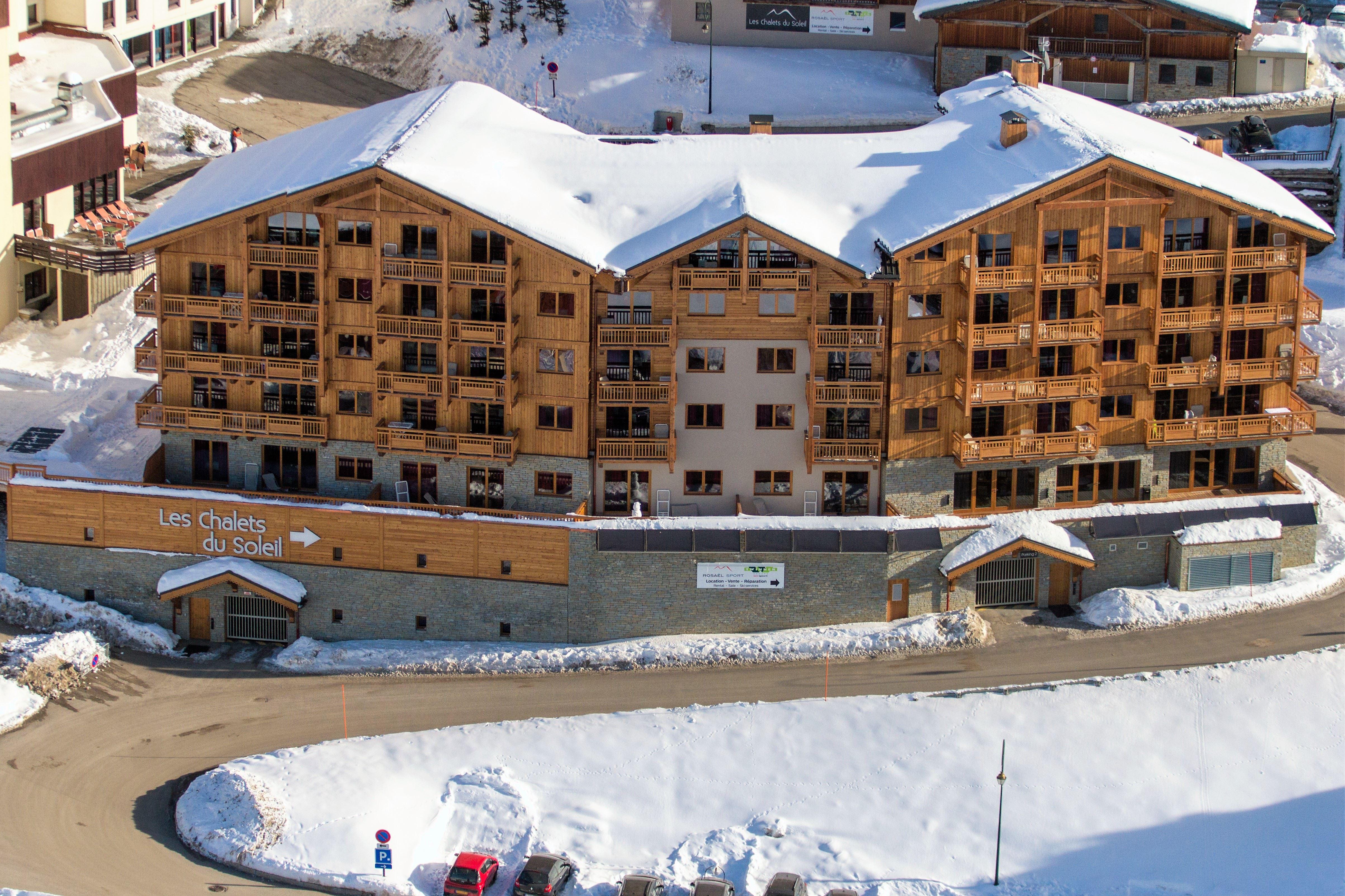 Résidence skis aux pieds / LES CHALETS DU SOLEIL CONTEMPORAINS NATALIA (3,5 Flocons Or)
