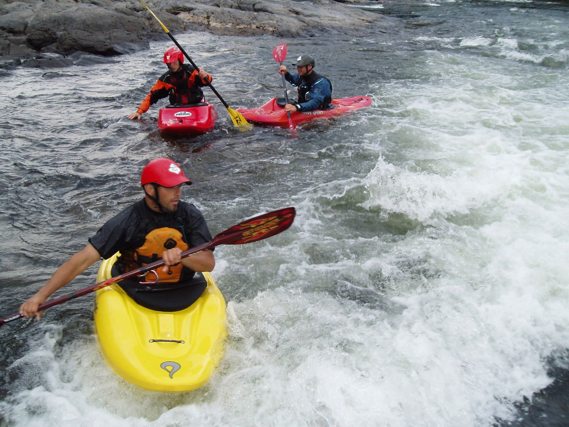 Whitewater kayaking in Brattlandsströmmarna
