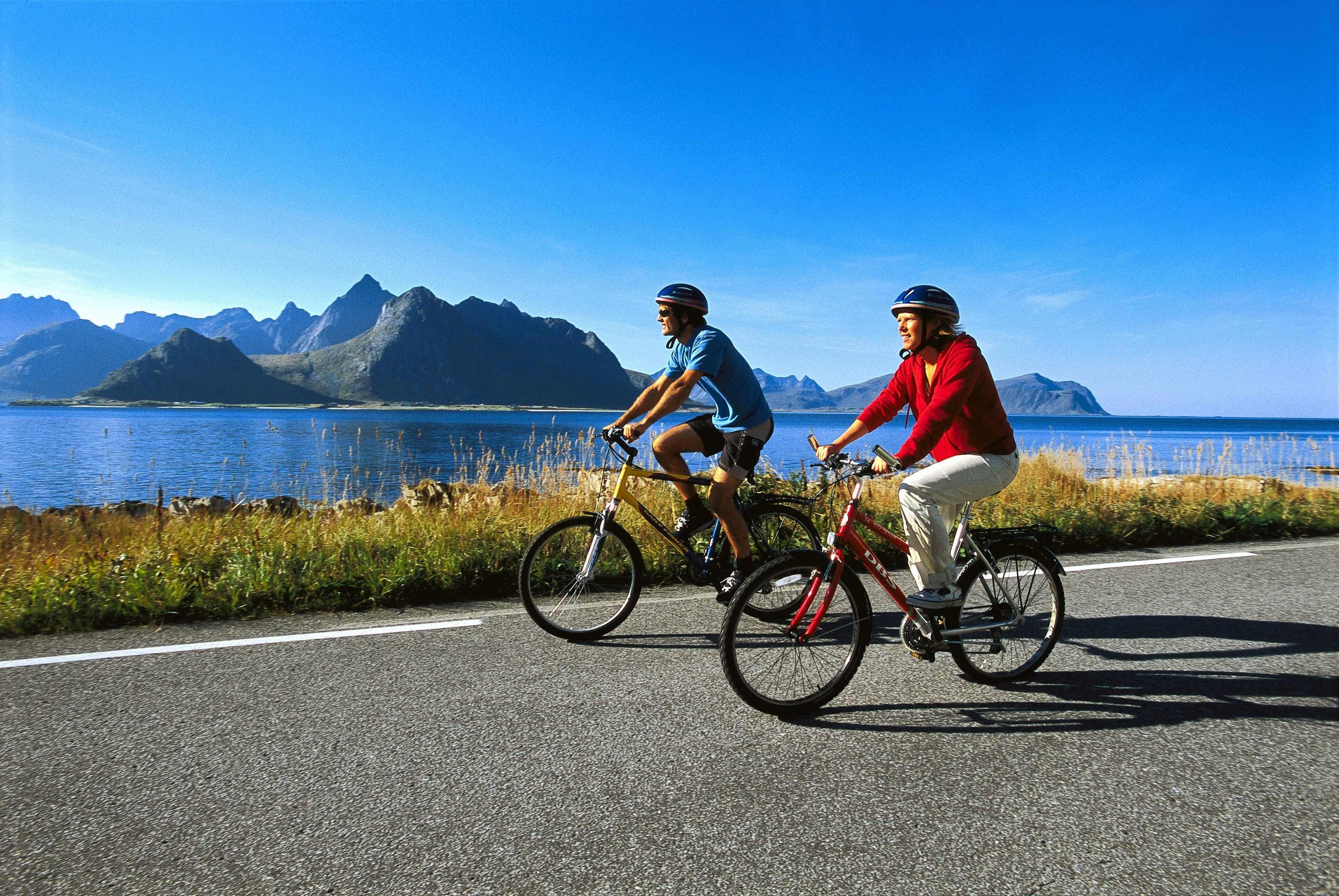 Terje Rakke - Nordic life - Visitnorway.com ,  © Terje Rakke - Nordic life - Visitnorway.com , Bikes rental at 69 Nord Sommarøy Outdoor Center