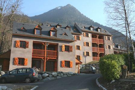 HPRT28 - Chalet dans une résidence à Cauterets
