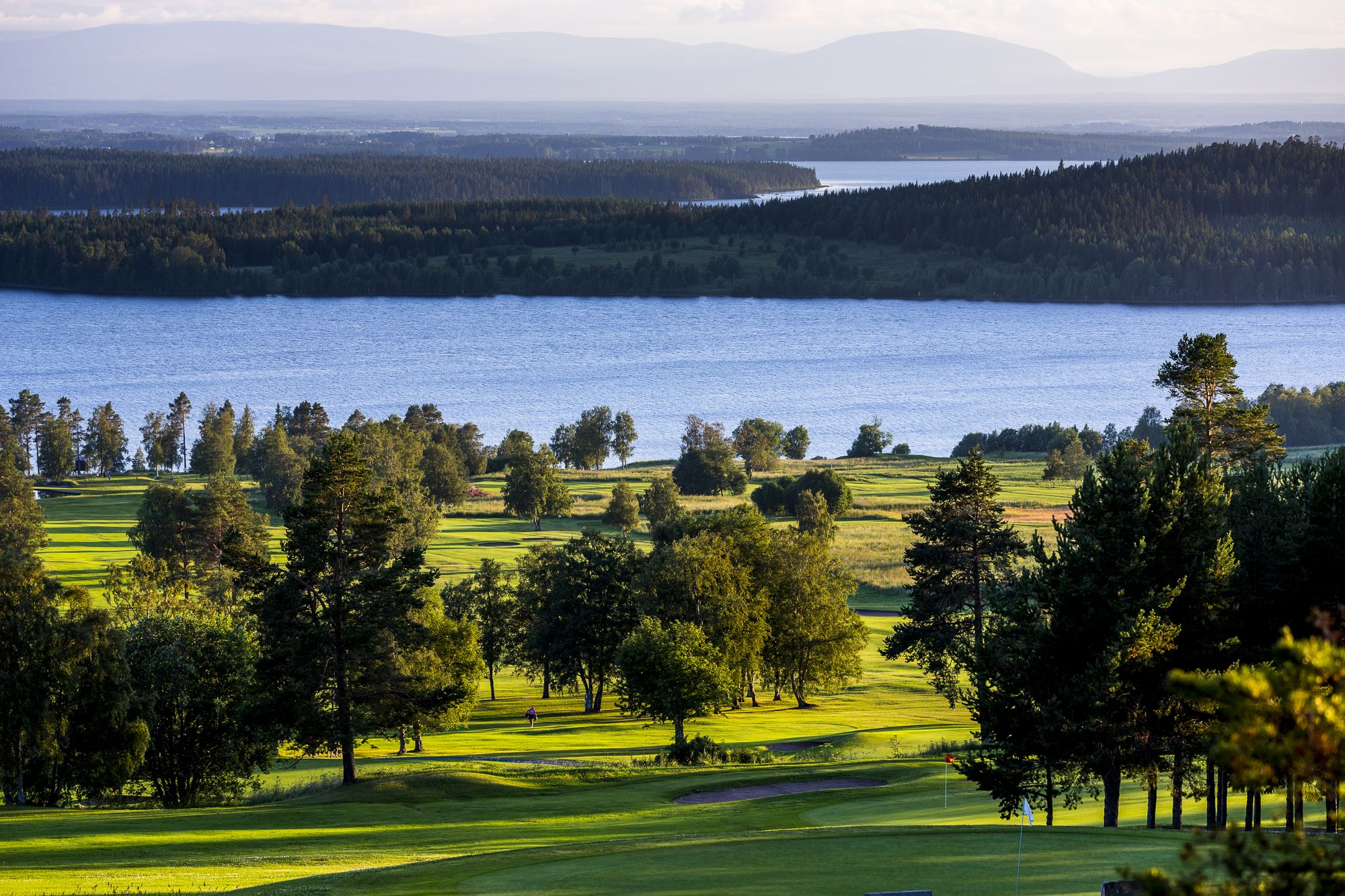 Foto: Golfkrogen Frösön,  © Copy: Visit Östersund, GolfKrogen Frösön