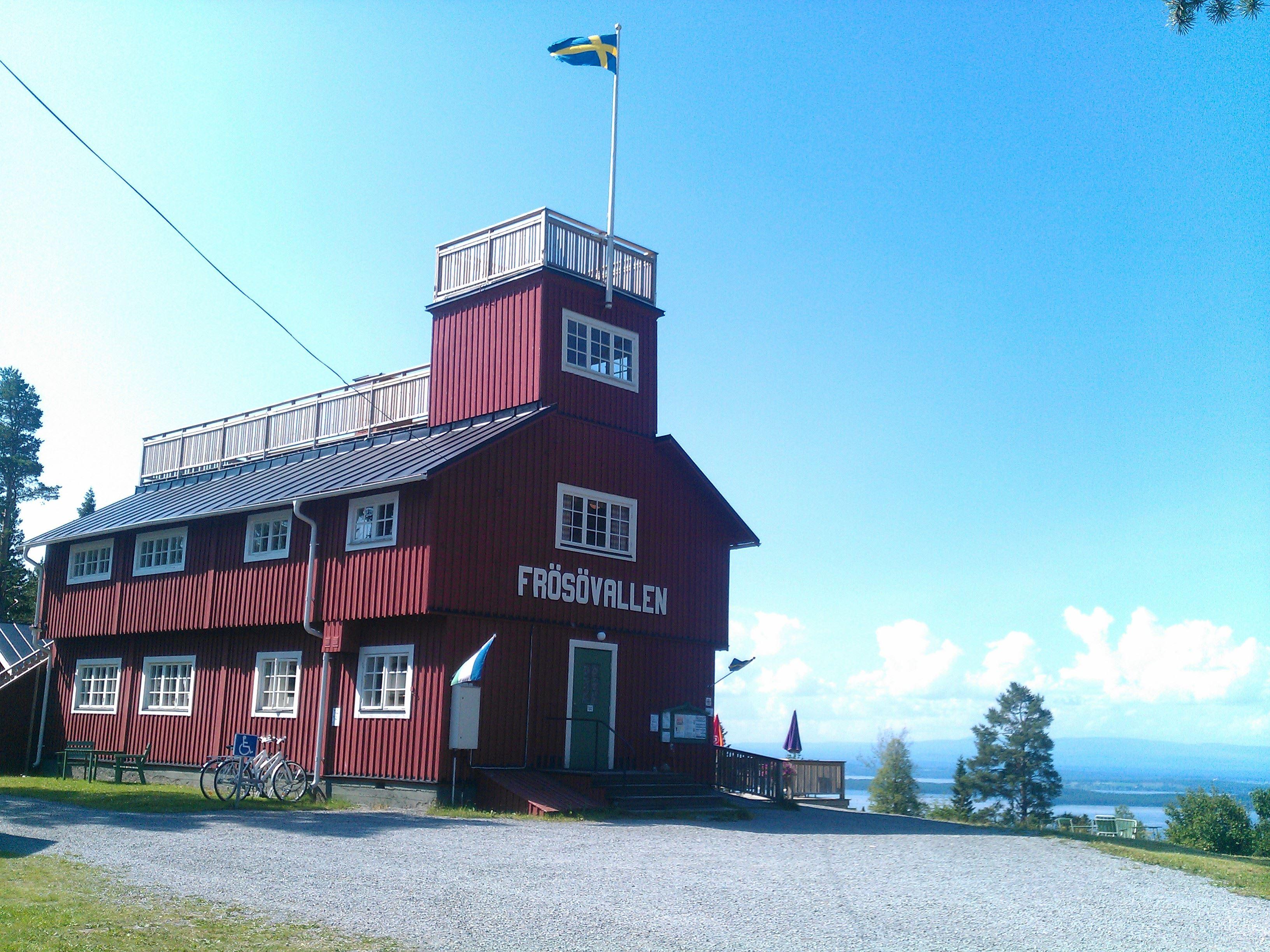 Midsummer celebrations at Frösövallen