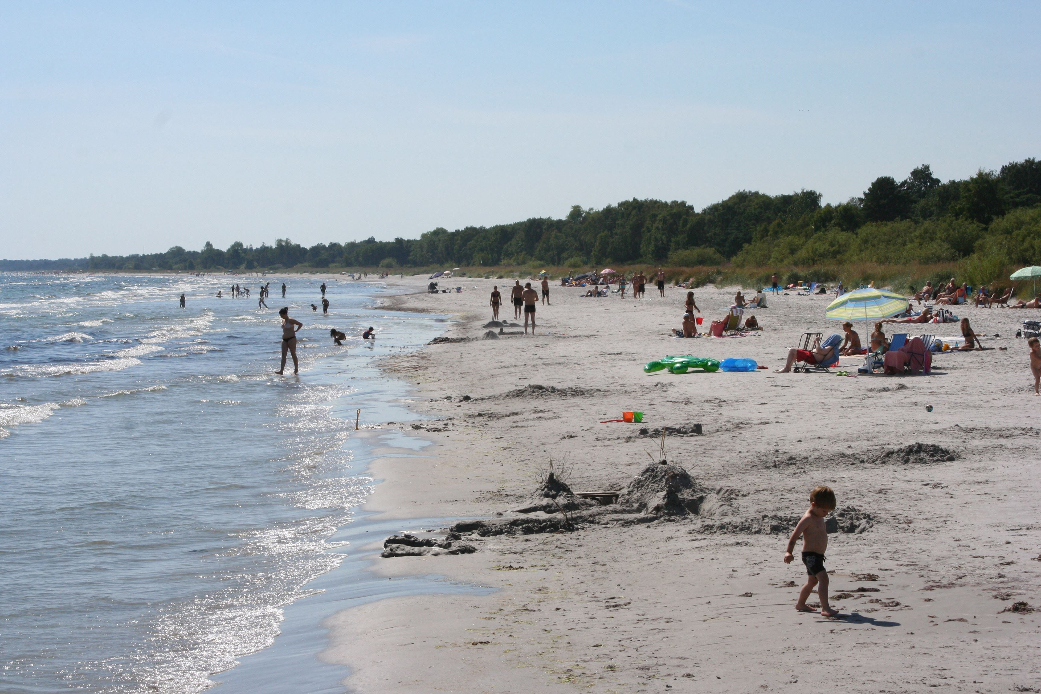 Gun Andersson, The beach is great for kids with shallow and friendly waters.