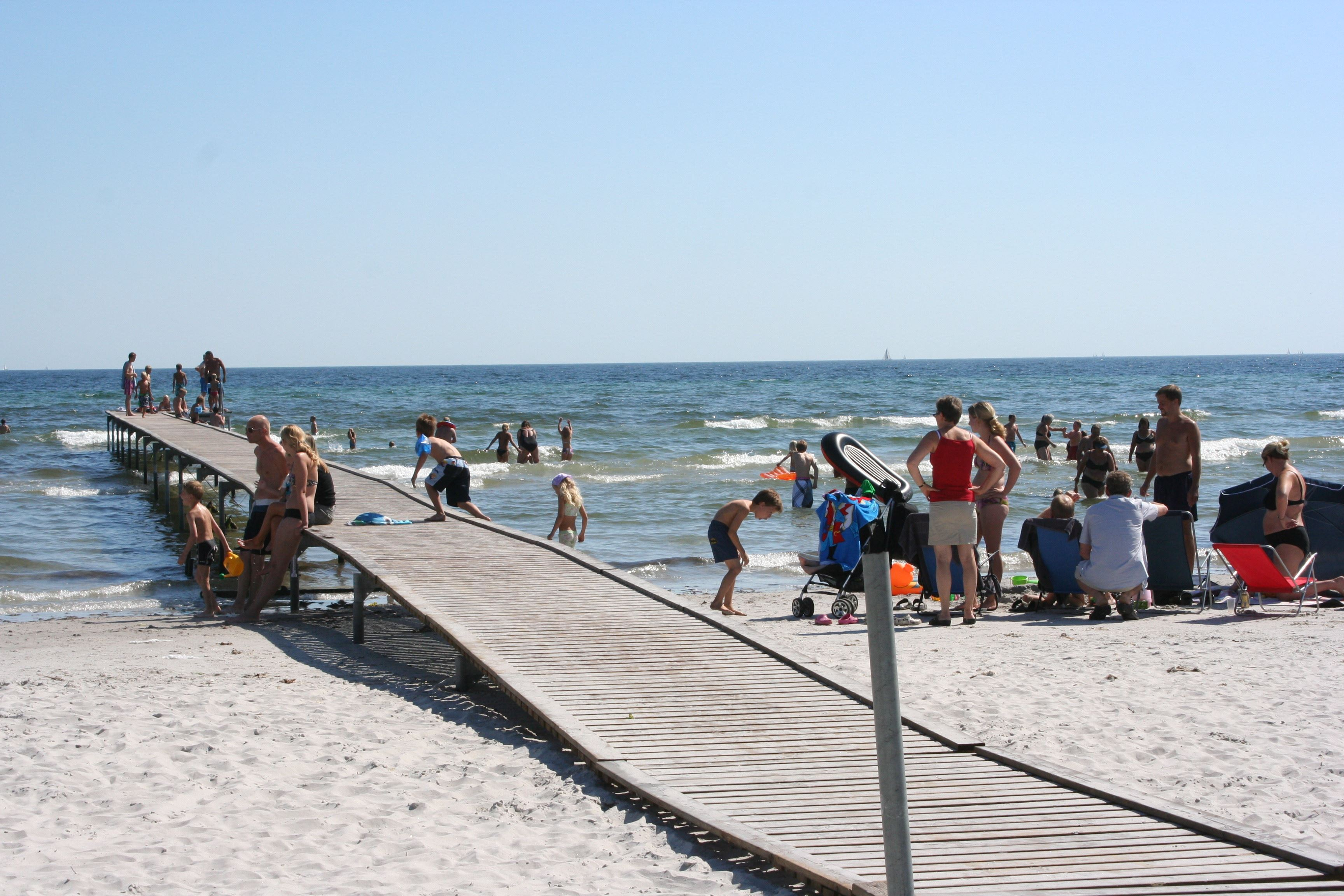 Gun Andersson, Bingsmarken Beach with a jetty including a ramp, suitable for the disabled