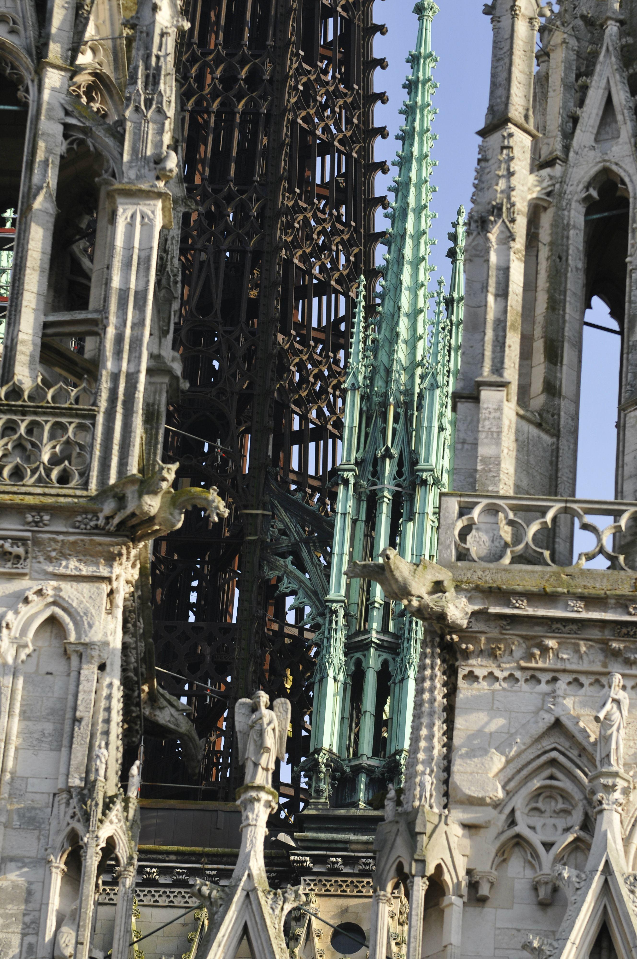 Ça carillonne à la Cathédrale (visite guidée et musicale)