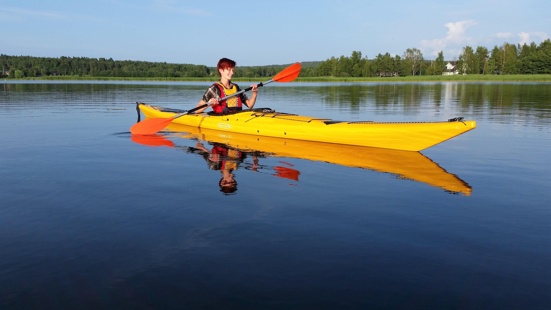 Båthuset: Rent a kayak