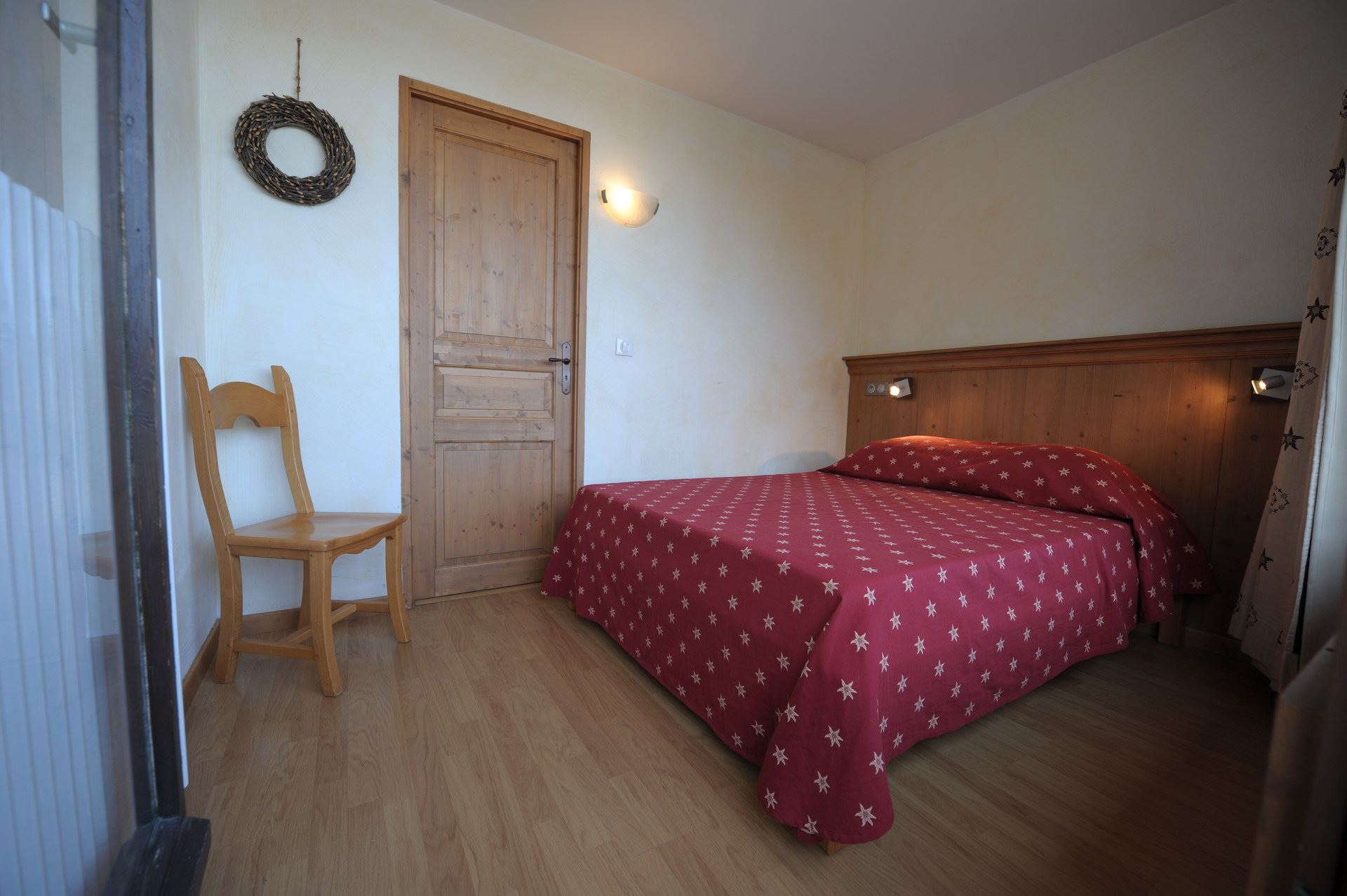 3 Rooms 8 Pers ski-in ski-out / CHAVIERE 329