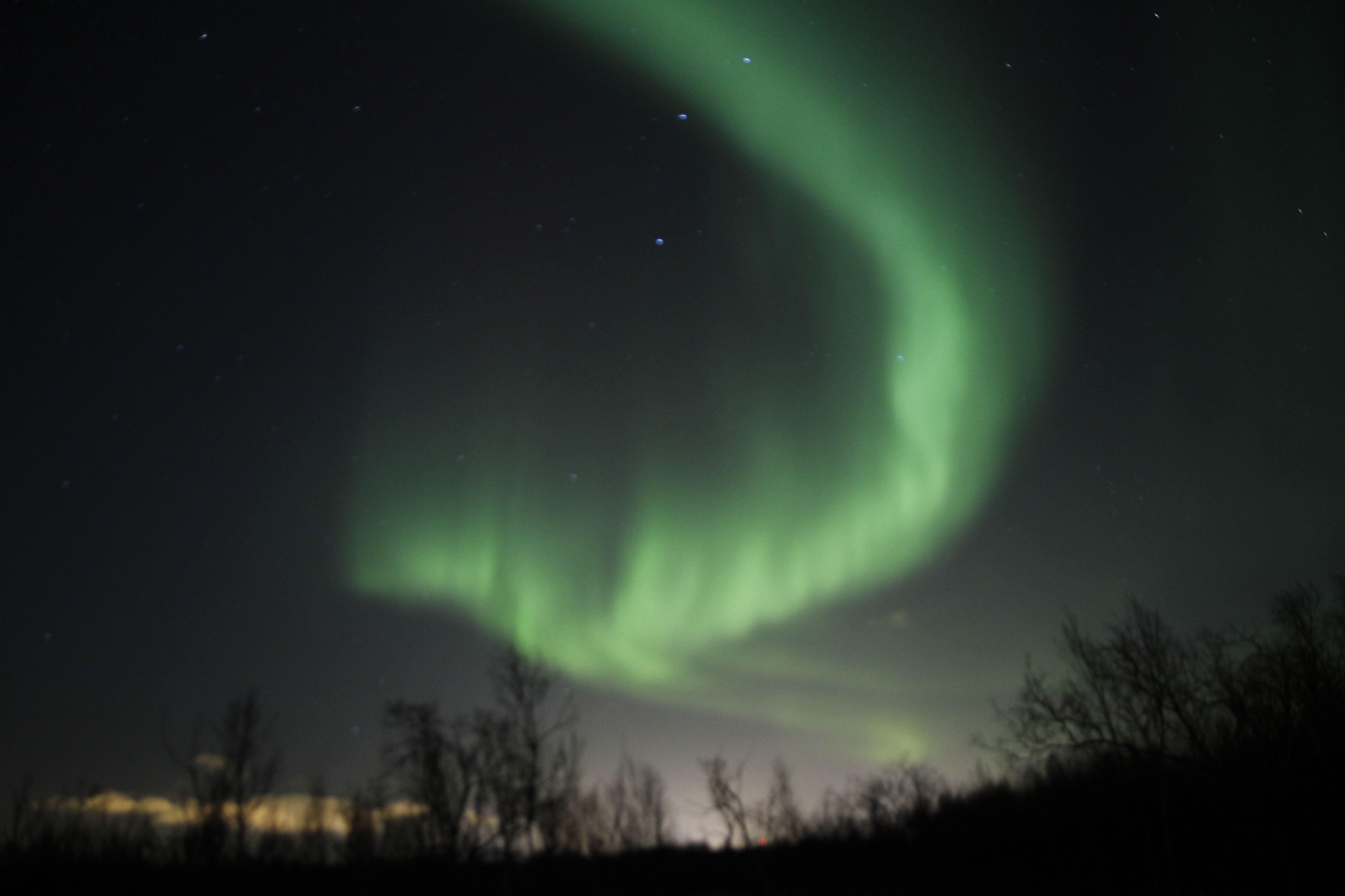 The Northern Lights Hunter med minibus – Ishavstoget