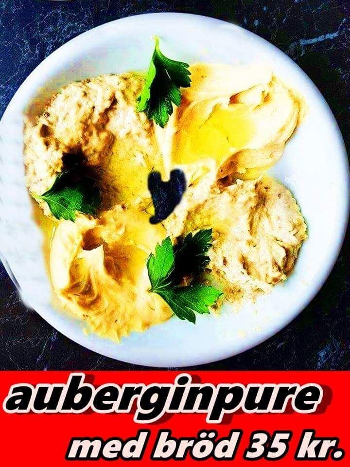 Auberginpuré eller auberginröran med bröd kostar endast 35kr.