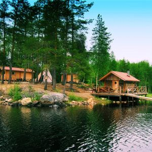 Kanotuthyrning Bredsjön
