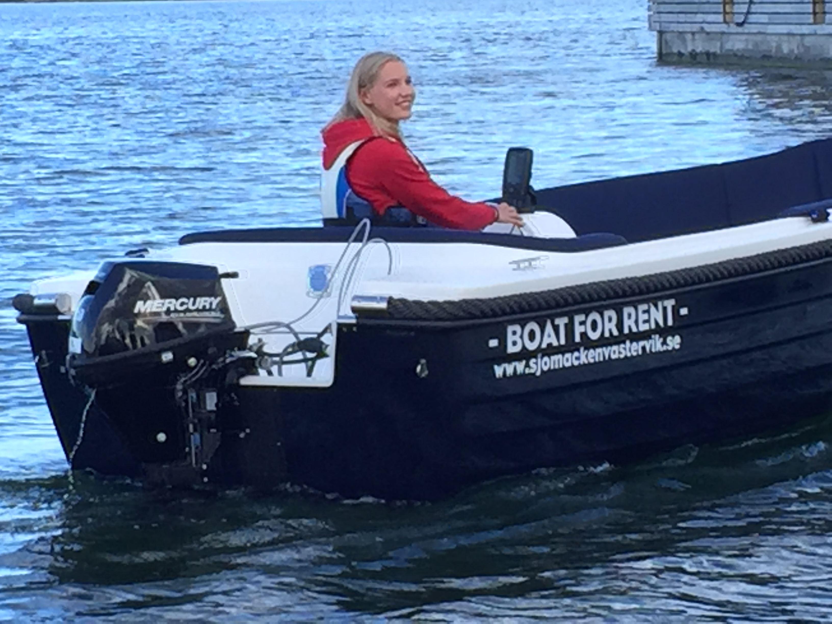 Rent a boat at Västerviks Sjömack