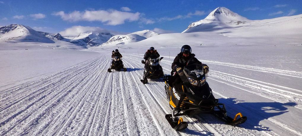 Snowmobile Expedition - Aurora Alps