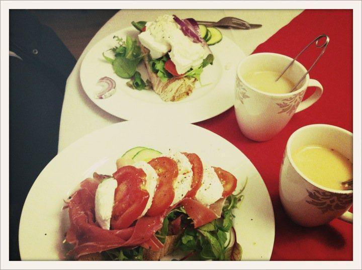 Lill-Babs Caffär och Utställning