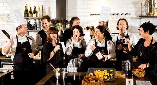 Bild på kökspersonalen på Isaberg