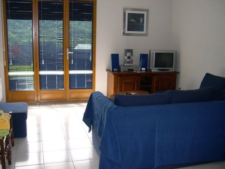 VLG208 - Appartement RDC aux