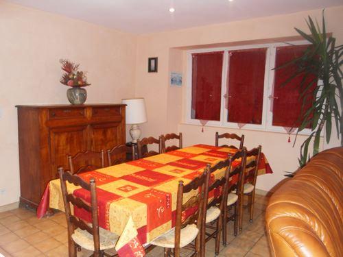 © © , AGM049 - Maison mitoyenne pour 8 personnes à Ouzous