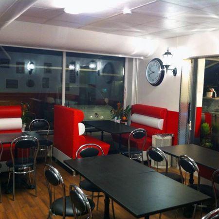 Flavors Restaurang - Café & Ice cream Factory