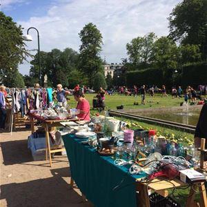 Flea market in Hogland's Park