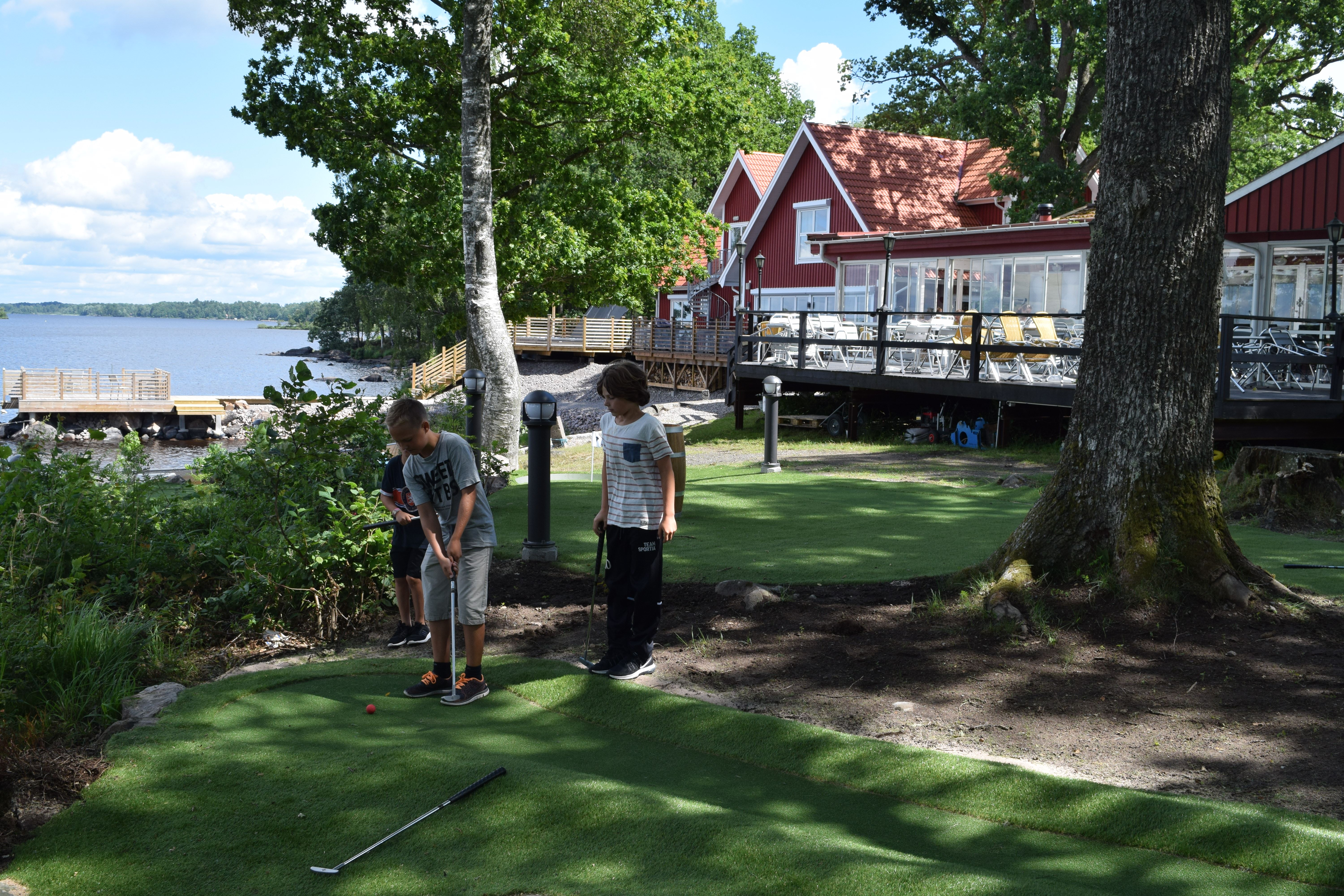 Adventure minigolf at Sjöstugan Camping