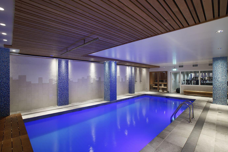 Stefan Estassy,  © clarion hotel winn, Pool och bastu