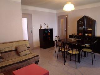 GTB64 - Appartement dans résidence, proche de tous commerces, plein centre de Barèges.
