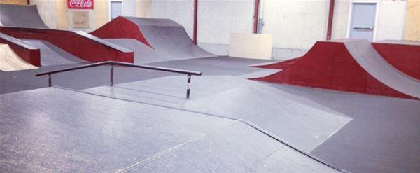 Drakstaden Indoor-Skateboard-Bahn