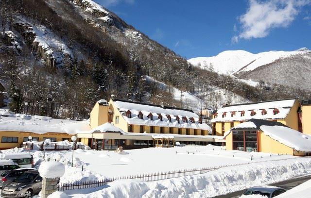 HPCV4 - Village vacances avec espace balnéo