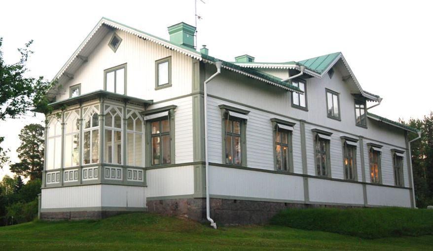 Björkede herrgård – ett boende & konferens utöver det vanliga