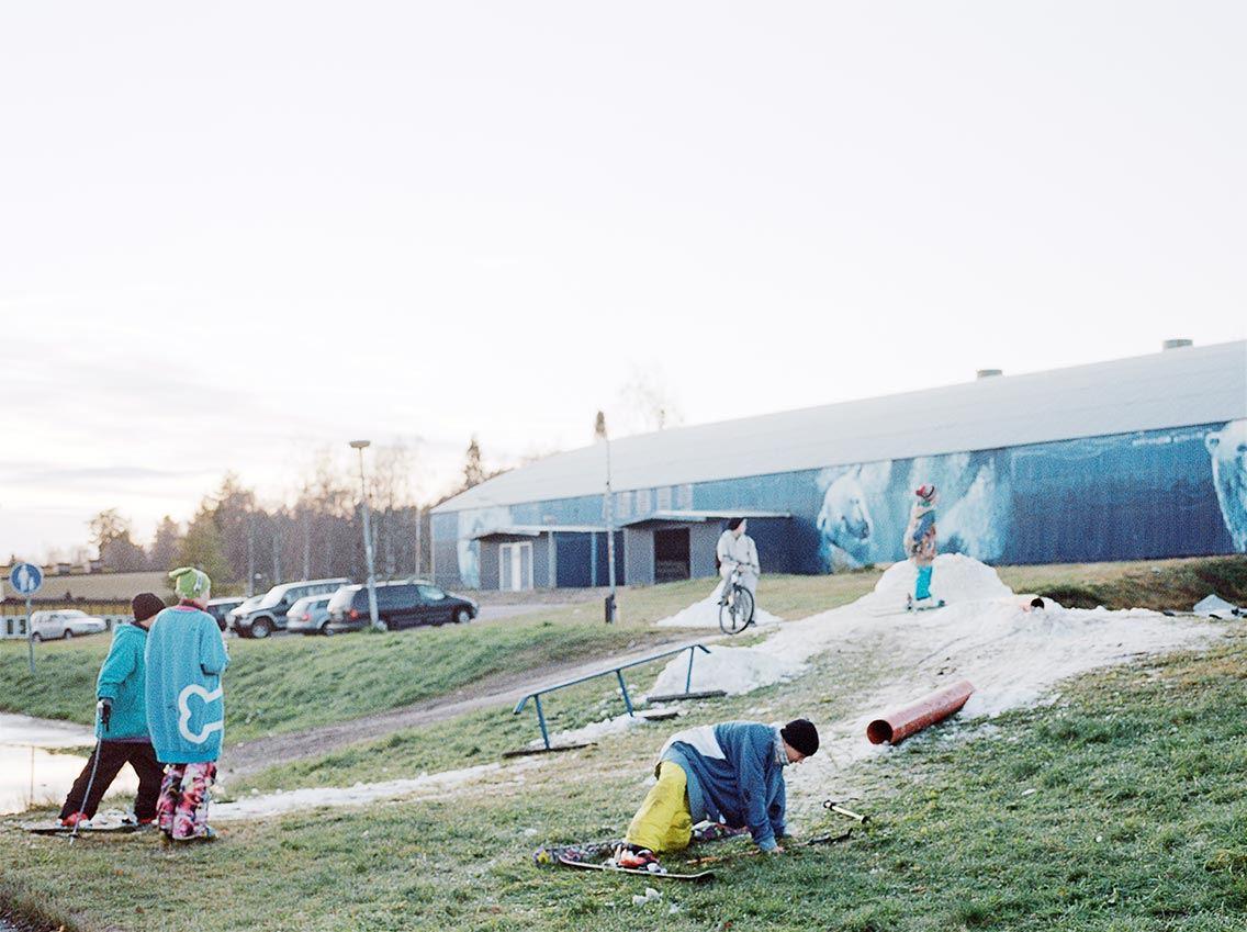 """Gustav Hillbom/Erik Viklund, """"Ovärdet"""", stillbild från video, 2014"""