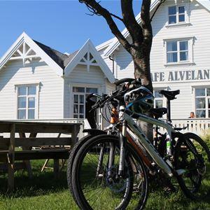 Alveland Shop & Café