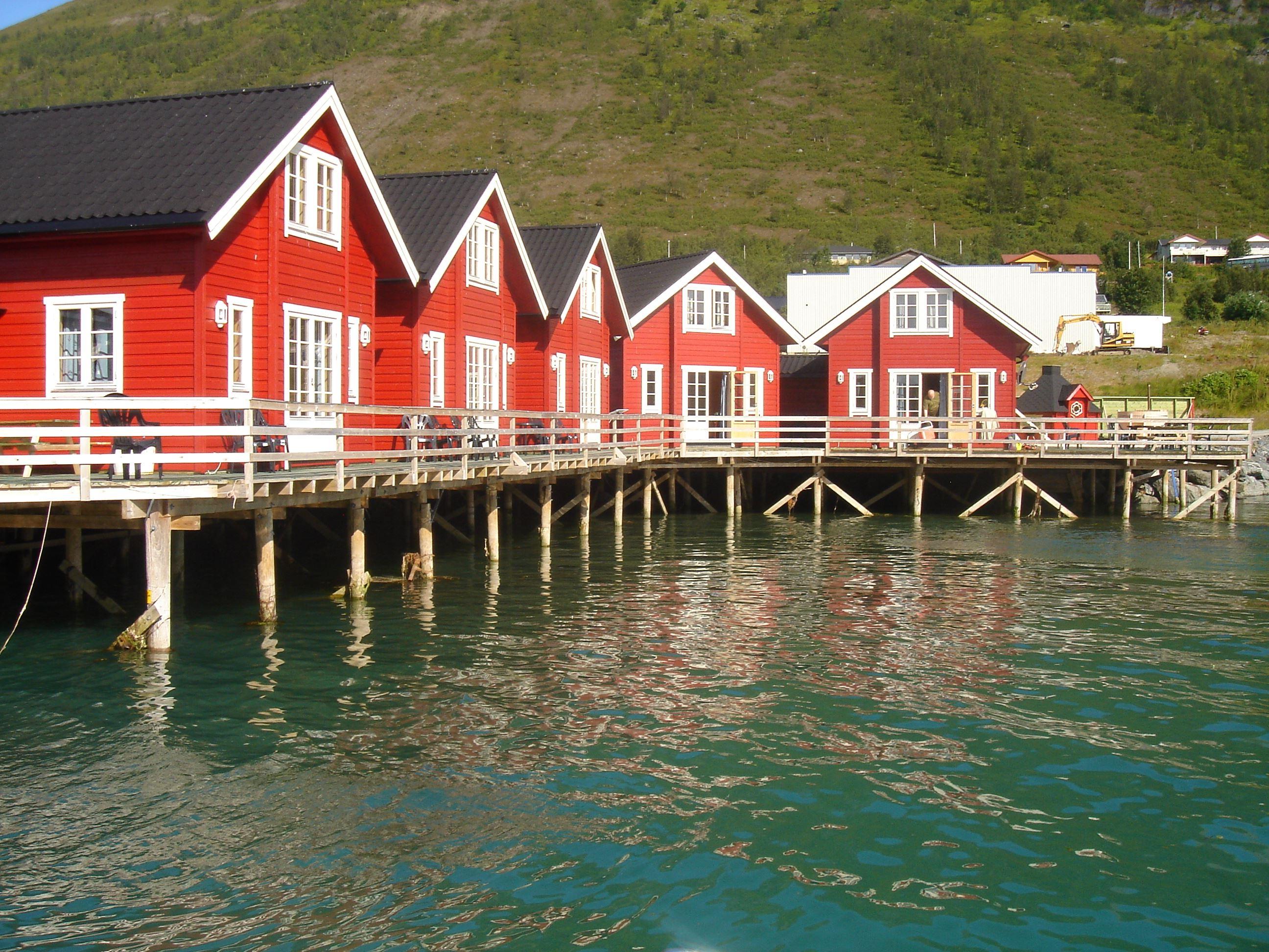 Lyngen Havfiske og Tursenter