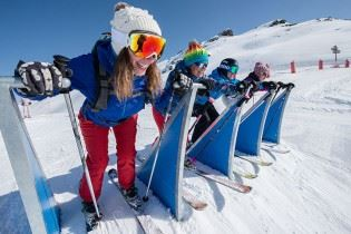 Tribe Pass Les Menuires (Les 3 Vallées extra cost next step), click here to know the period of validity.