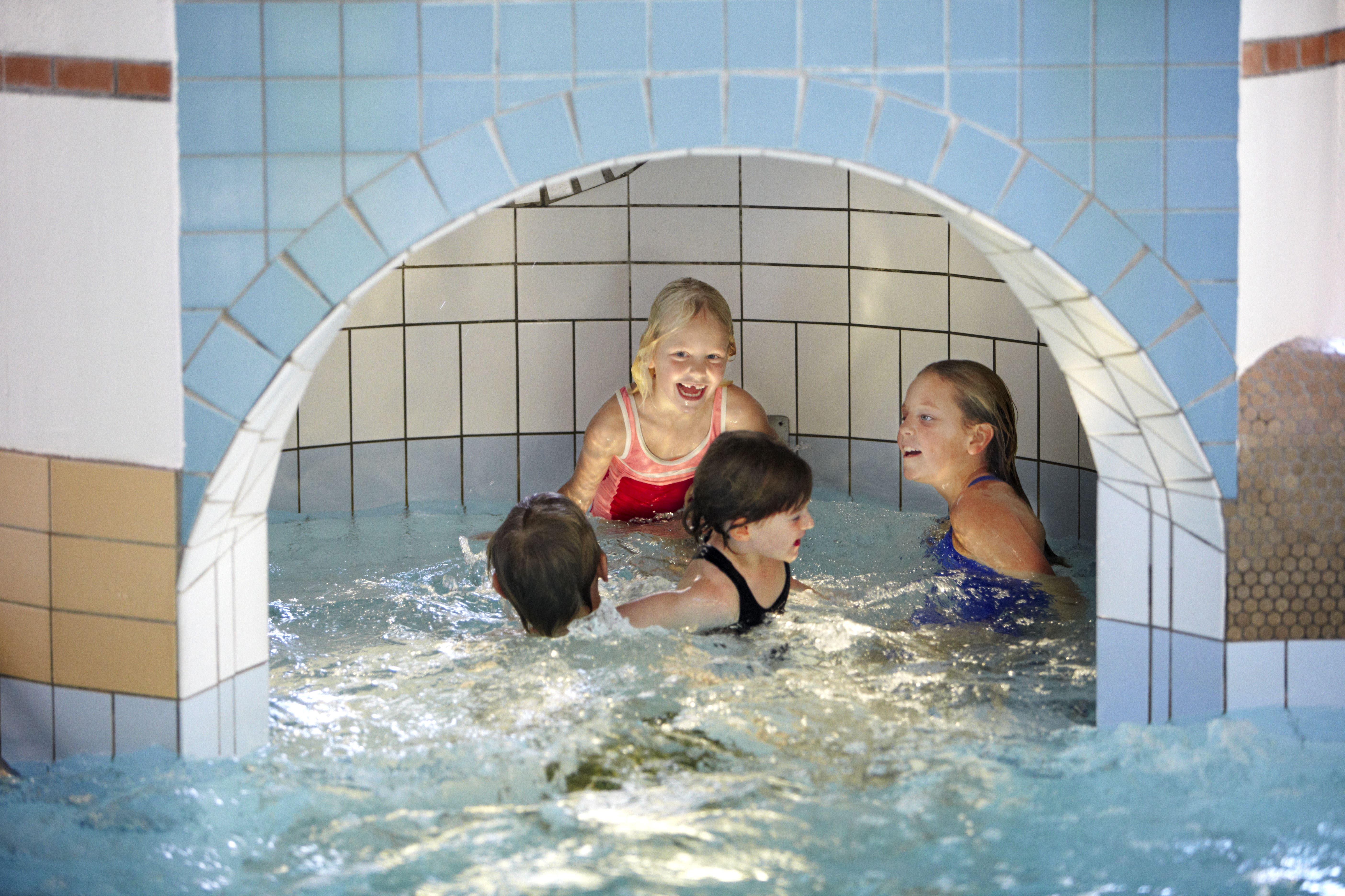 Foto: Anders Ebefeldt/ studio-e.se, Karlslundsbadet - Indoor water park