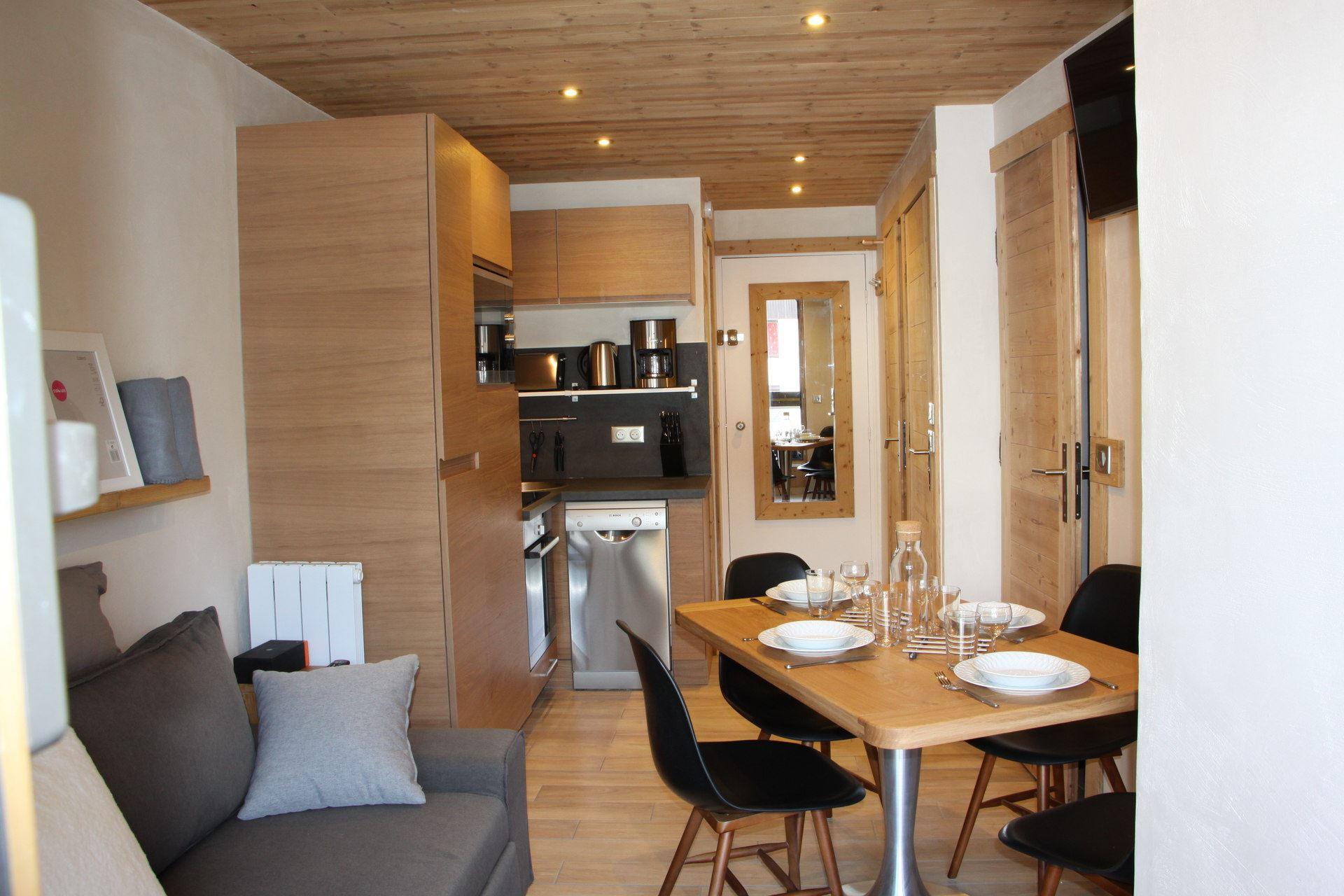 2 Room + cabin 4 pers ski-in ski-out / SOLDANELLES A 104