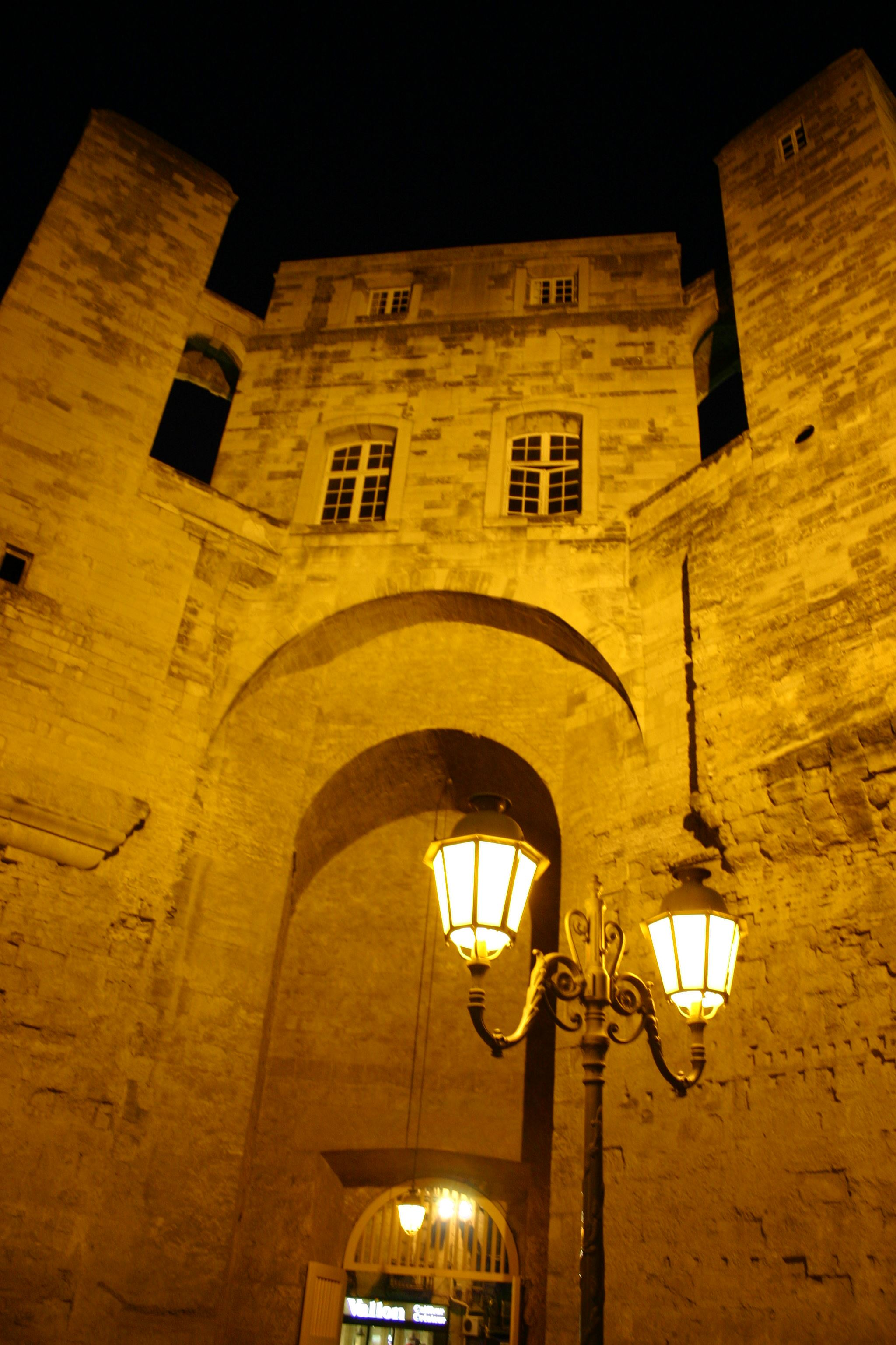 Frenche guided tour: The Tower of Babote