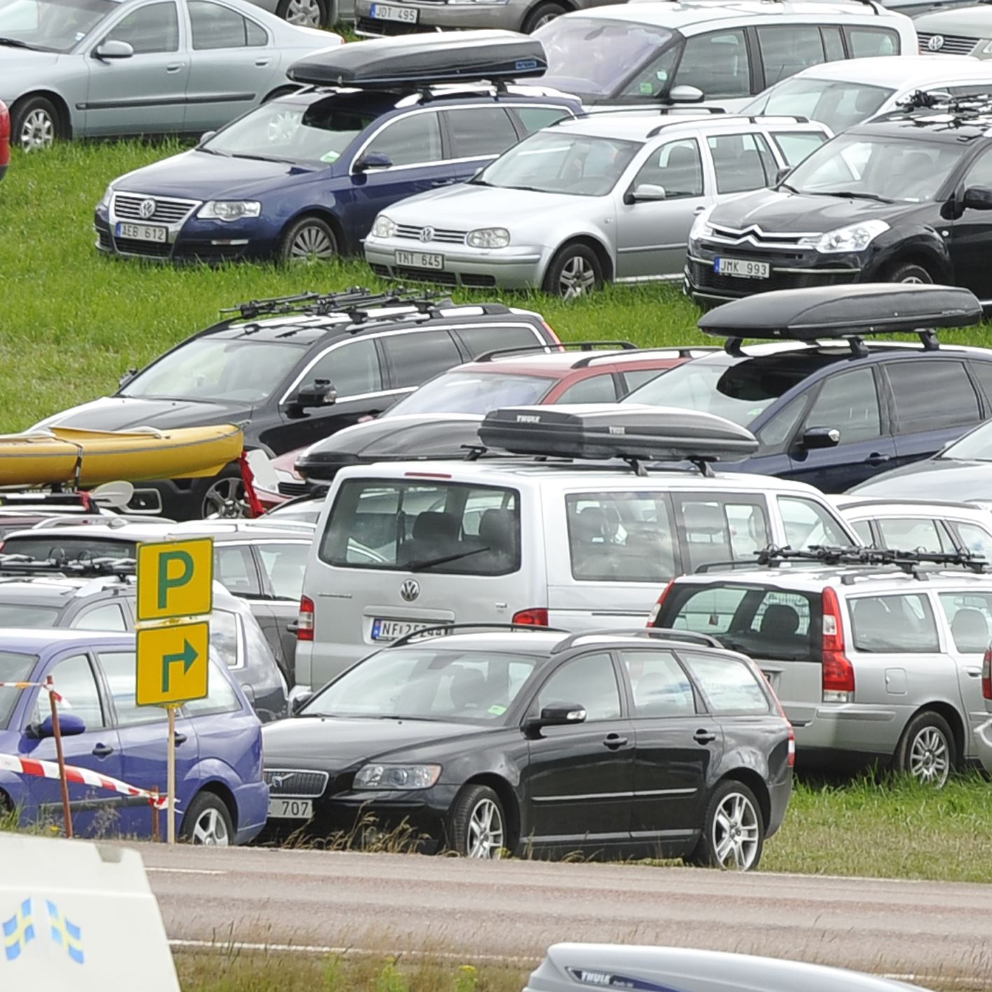 Car parking at Foot O arenas