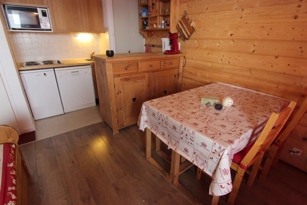 LAC DU LOU 804 / 2 ROOMS 6 PEOPLE TYPE A COMFORT