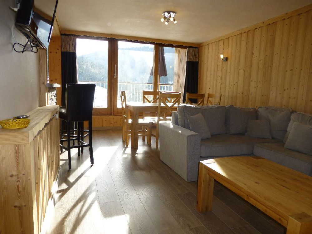 3 rooms 8 people ski-in ski-out / ARIONDAZ B252 (mountain of charm)