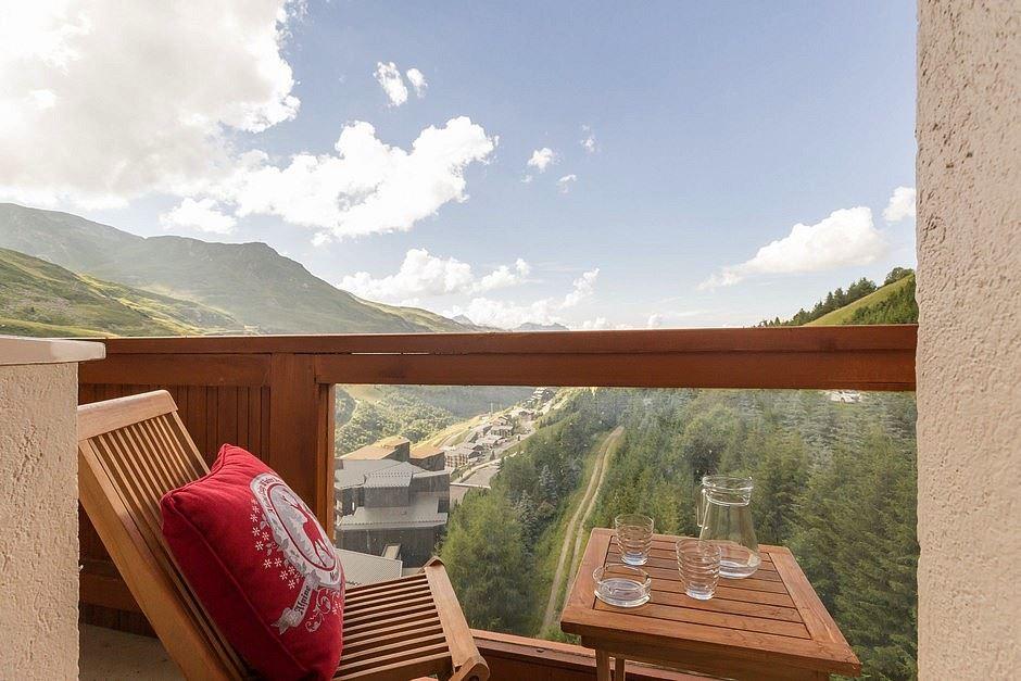 Studio cabine 4 pers skis aux pieds / BOEDETTE A 809