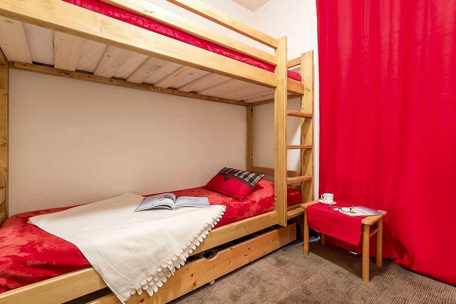 2 Rooms 4 Pers ski-in ski-out / SKI SOLEIL I 1108