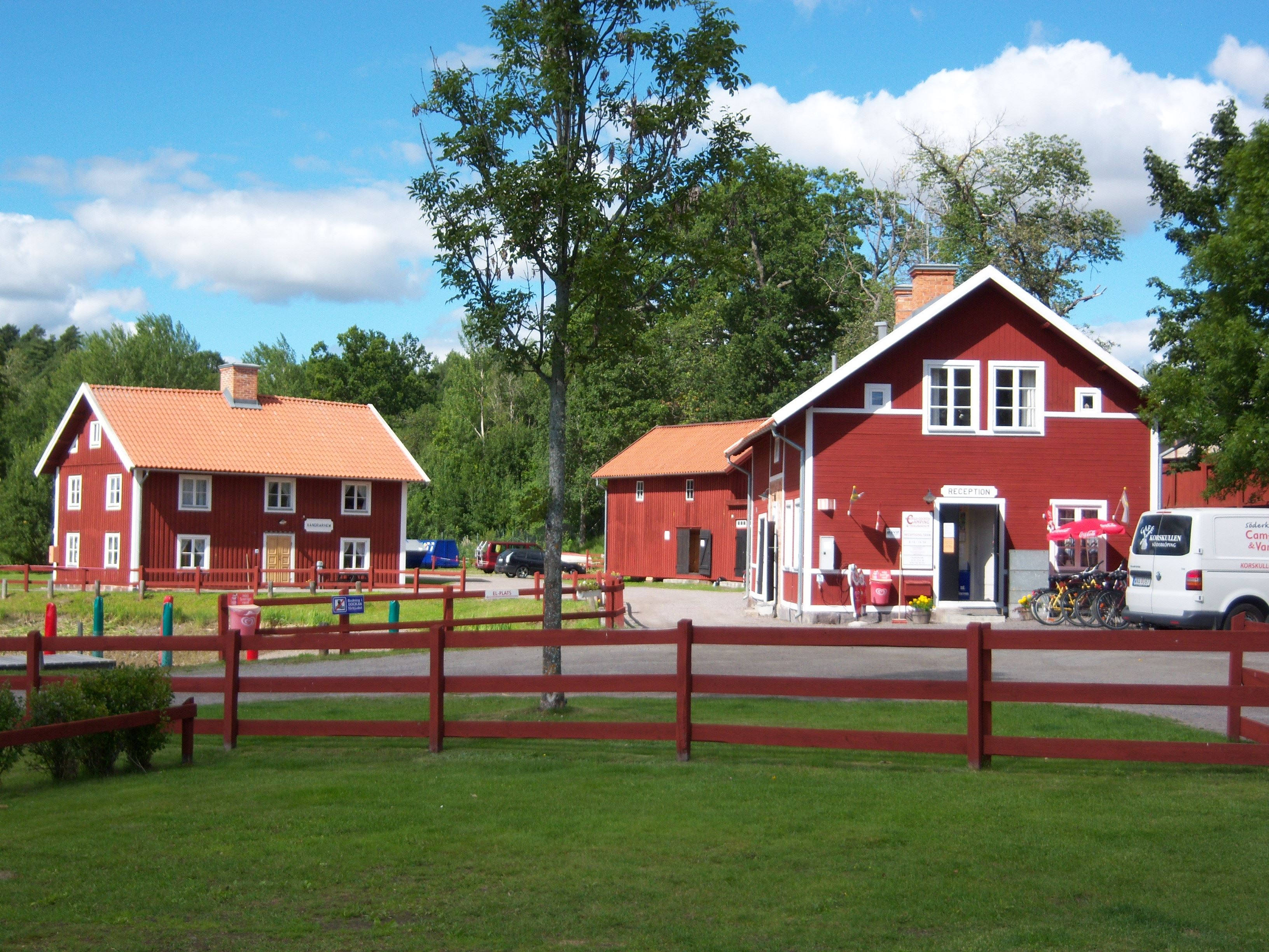 Skeppsdockans Camping & Hostel