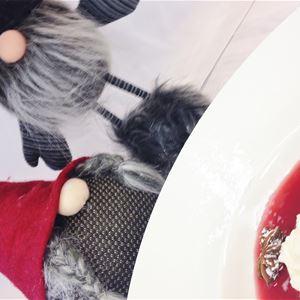 Mat: Julbord på Öjaby Herrgård