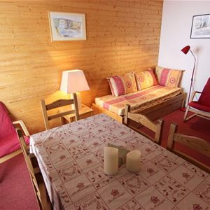 TROIS VALLEES 1003 / APARTMENT 2 ROOMS CABIN 6 PERSONS - 1 BRONZE SNOWFLAKE - VTI