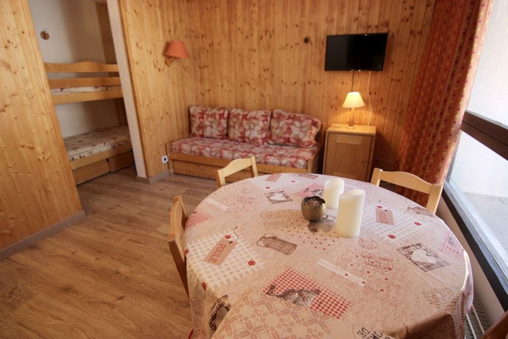 TROIS VALLEES 802 / 1 room 3 people