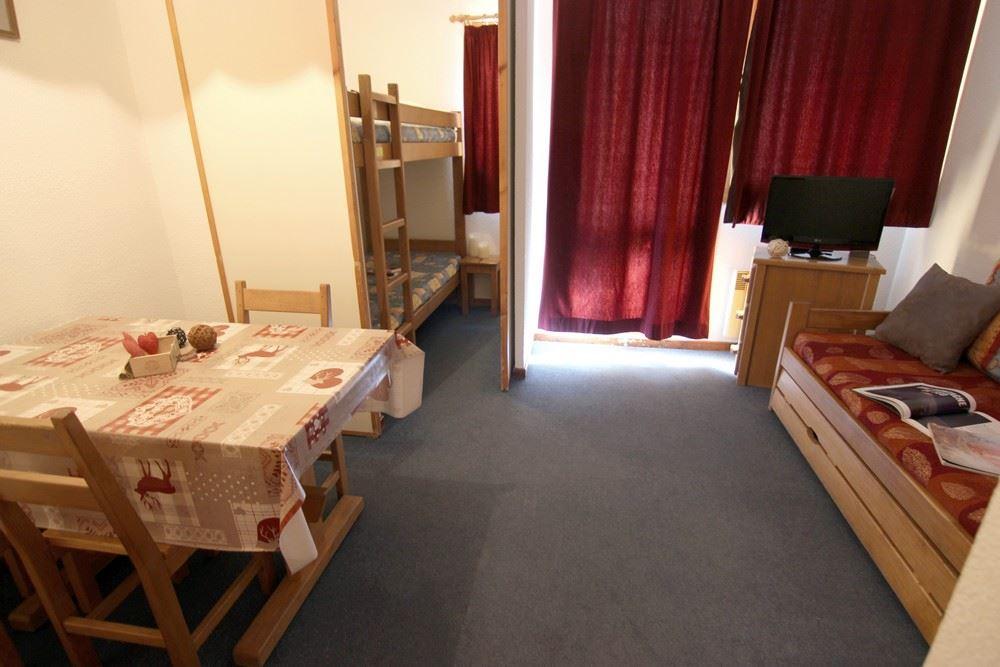 ZENITH 35 / 1 room 3 people